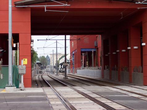 115 E Del Mar Blvd over train tracks